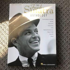FRANK SINATRA PIANO VOCAL GUITAR BOOK